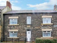 HENDERSON HOUSE, family friendly in Amble-By-The-Sea, Ref 13763