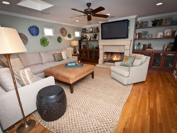 Living Room, HDTV, DVD, Cable TV, Netflix, Stereo, Couch (Seats 8 Comfortably)