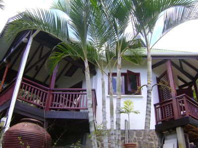 Chalets in tropical gardens, ocean view, very close to beach