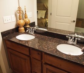 Bear Hollow Village condo photo - Master Dual bath