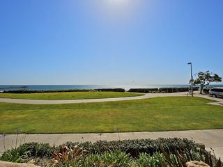Pacific Beach condo photo - View from building's entrance