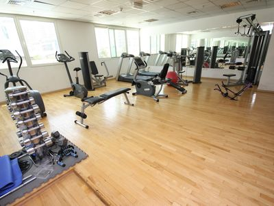 Dubai Marina & Al Sufouh apartment rental - The communal gymnasium
