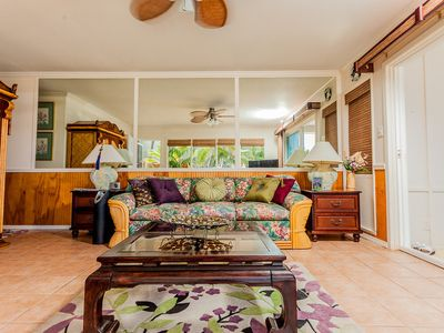Gorgeous colorful Hawaiian-style furnishings
