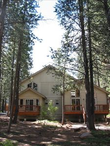 Truckee house rental - Back of house