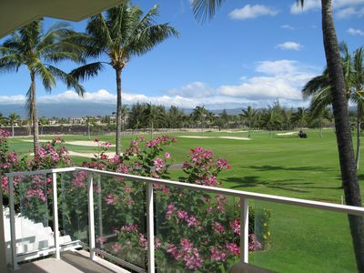 Another view from our lana -- looking out at the King's Golf Course