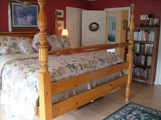 Tom Nevers house photo - Master bedroom with grand king bed