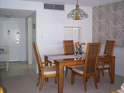 Siesta Key condo rental - Dining Area