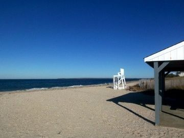 East Hampton house rental - Clearwater Private Beach w Lifeguard - 5 Min Walk