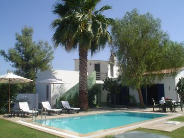 Dalyan villa rental - House and pool