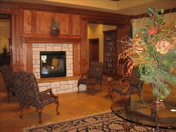 Clubhouse library and meeting rooms ...great place to relax!