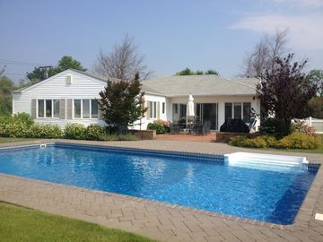 Westhampton Beach house rental - Backyard and Pool