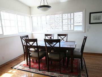 Dining room adj to the living room. Great for family gatherings.