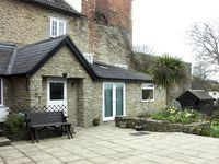 FRODOS, country holiday cottage in Henstridge, Ref 1627