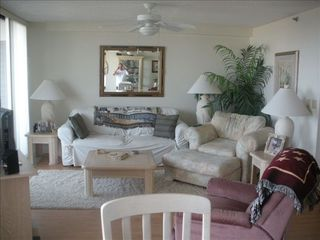 Flagler Beach condo photo - Living room with cable, flat screen, two recliners