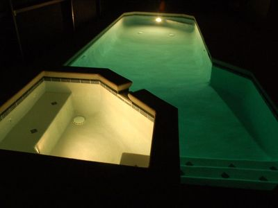 Pool and Spa area - Night Time
