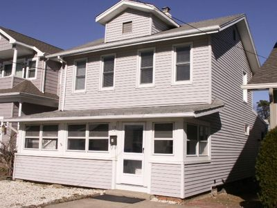 Sectionhouses  Rent on Belmar House Rental   The Beach House