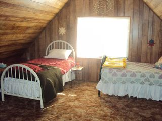 Payson cabin photo - Loft Bedroom with full bath - 4 twin beds and one futon