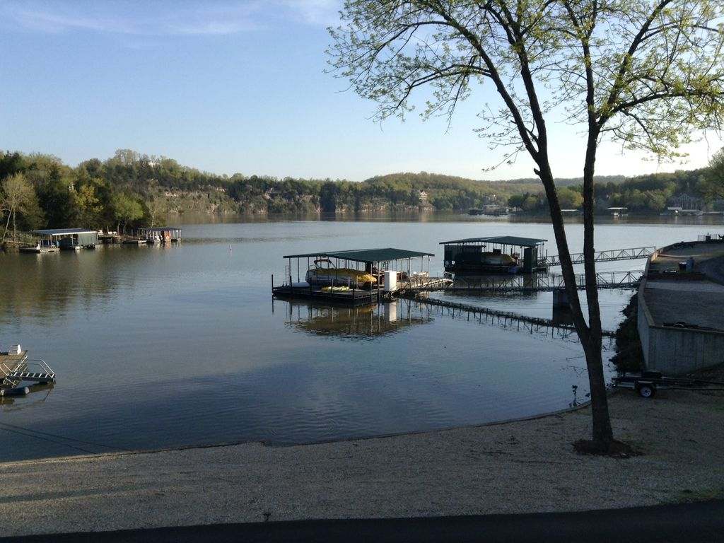 Family Fun Lakefront Vacation Home #. HomeAway Camdenton