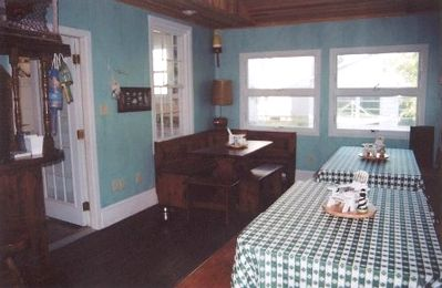 Back Florida room - www.RehobothBeachHouse.com