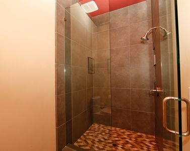 shower in upstairs bathroom