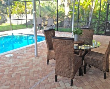 Large Solar-Heated Pool and Spacious, Very-Private Lanai Look Out Over Back Yard