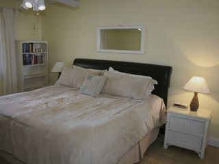 Navarre Beach condo photo - Master BR w/Comfortable King Size Bed. Tile Floors