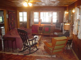 Lake Winnisquam cottage photo - Livingroom 1