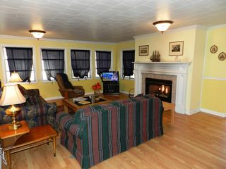 Chimney Rock cottage photo - Living Room with fireplace with gas logs.