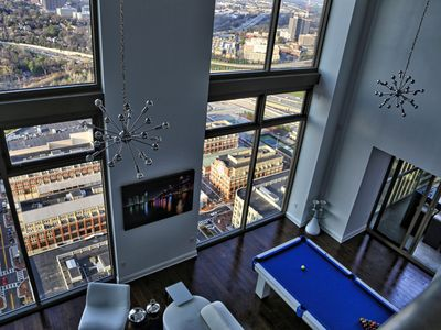 TOP FLOOR 2 STORY 3300 SQFT PENTHOUSE, 360 VIEWS OF THE WHOLE CITY