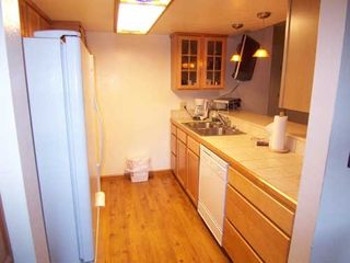 Mammoth Lakes condo photo - Kitchen...