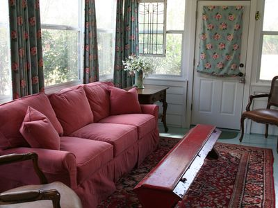 2 Bedroom House, Sleeps 6, So. Austin, Hill Country, Relaxing, Cozy, Clean