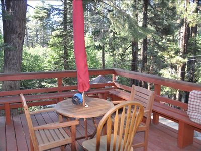 Front deck, great views, relax with your morning coffee and listen to nature.