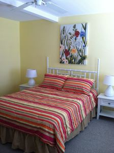 Cape May house rental - !st Floor Suite-W Queen w/bath Flat Screen TV
