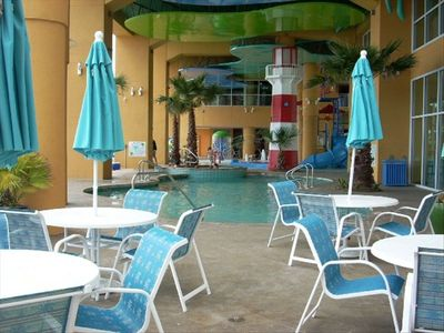 Restaurant area at pools