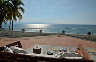 Puerto Vallarta condo photo - IMAGINE YOU HERE ON BEACH THERE ARE MANY SETTINGS LIKE THIS AT ICON