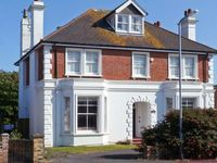 MARLAND HOUSE, pet friendly, with a garden in Seaford, Ref 26202