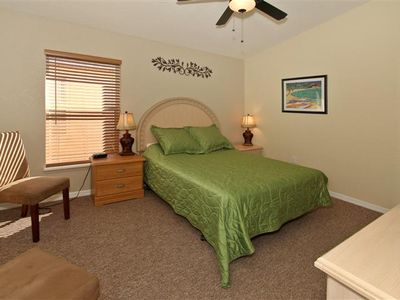 Town Centre Reserve villa rental - Master Bedroom One with Queen size bed.