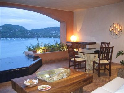 Zihuatanejo view from Que Dicha