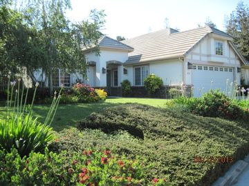 Solvang house rental - Front view of home:) Plenty of off street parking.