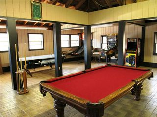 Hendersonville estate photo - ARCADE with Billiards, Pinball, Packman, Ping Pong, and much more!