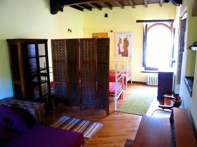 Ducale - large bed-sitting room/study