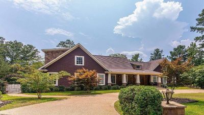 Gorgeous 5 bedroom 4 1/2 bath Fully Custom Lakefront w/ Private Dock