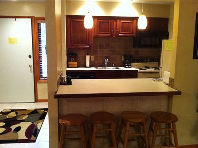 Kitchen, tile backsplash, solid wood cabinets