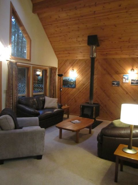 New Leather Furniture, Wood Burning Fireplace, Full Width open Great Room