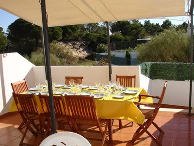 Monte Gordo villa rental - Lunch on the rear terrace.