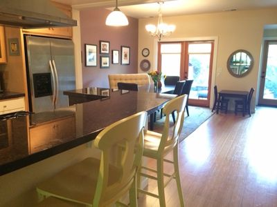 Open and Airy 3/2 Townouse in Fairmount Neighborhood