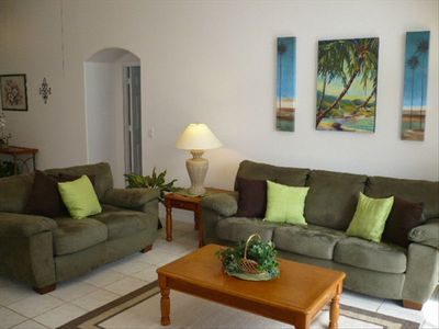 Indian Creek house rental - Beautiful living room to make you feel like you are at home!