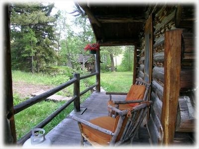 Private Sleeping Cabin Porch
