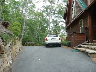 Blue Ridge cabin photo - Parking Area