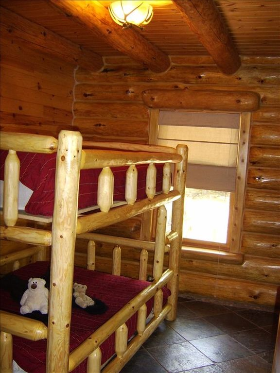 Main level double size bunk bed room